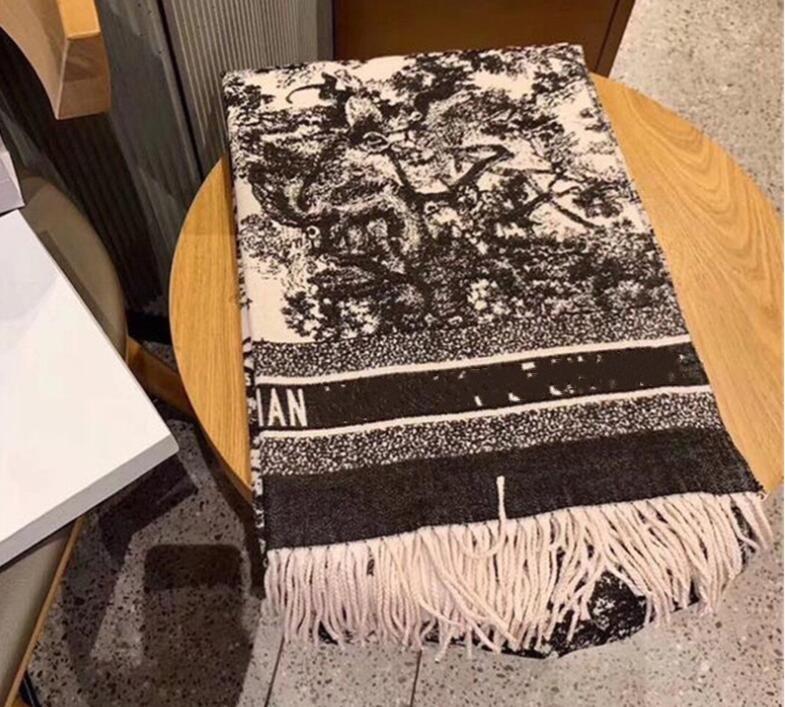 2020 Nuovo Design classico Sciarpa cashmere per uomo e donna Sciarpa di cashmere invernali Big Letter Pattern Cashmere Pashminas Scialle scialle