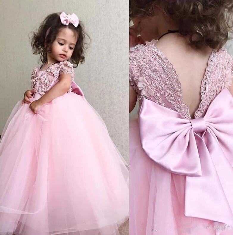Yeni Güzel Pembe Çiçek Kız Elbise Düğün için Kısa Kollu Dantel Appqieus Inci Tül Uzun Kızlar Pageant Elbise Balo Çocuklar Communions