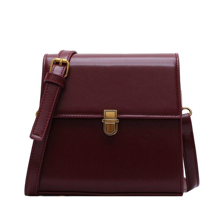 Bolsas de cuero de cuero de estilo vintage para las mujeres 2021 Bloqueo de la bolsa de mensajero del hombro de Lock Bolsos y bolso