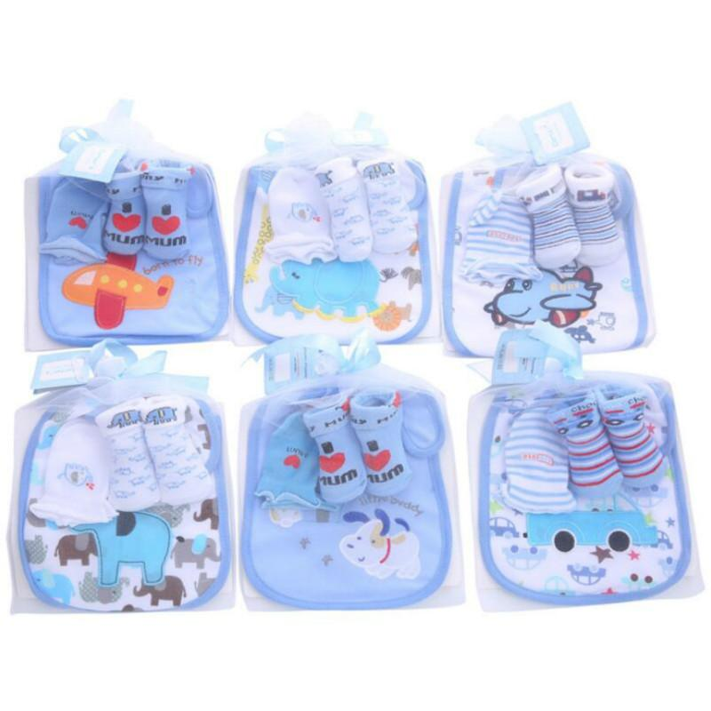 Baby Cotton Bibs Towel Socks Sets Kids Burp Cloths Sock Anti-scratch Gloves Boys Girls Christmas Birthday Gift 3pcs