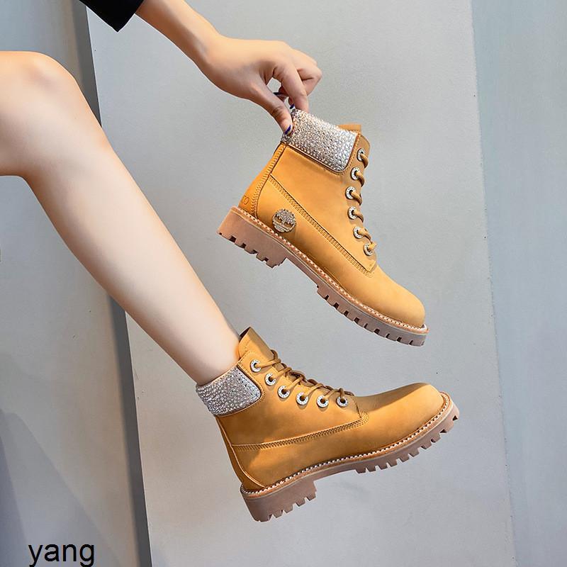 Novo curto no inverno do outono 2020: Diamond não vai quebrar botas do ruibarbo com couro médio e lã de pelúcia