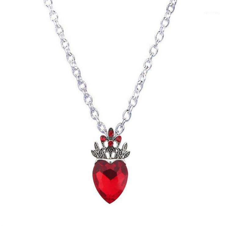Colares de pingente Atacado-Natal Evie Colar Vermelho coração coroa rainha de corações fantasia fã jewelry pré adolescente presente para her1