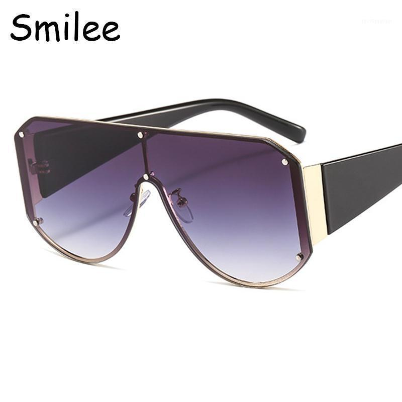 Gafas de sol de gran tamaño Mujer de moda diseñador de marca de estilo cuadrado gafas de sol macho grandes tonos 2020 nuevos gafas de verano UV4001