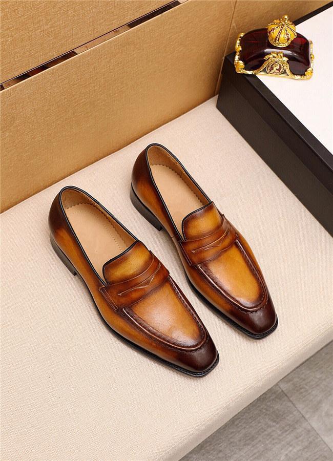 Homens Classic Negócios Sapatos Homem Vestido Sapatos Moda Coréia Pontilhada Toe Lace-up Tênis De Casamento Formal Designer Homens Black Lattice 2020 Novo