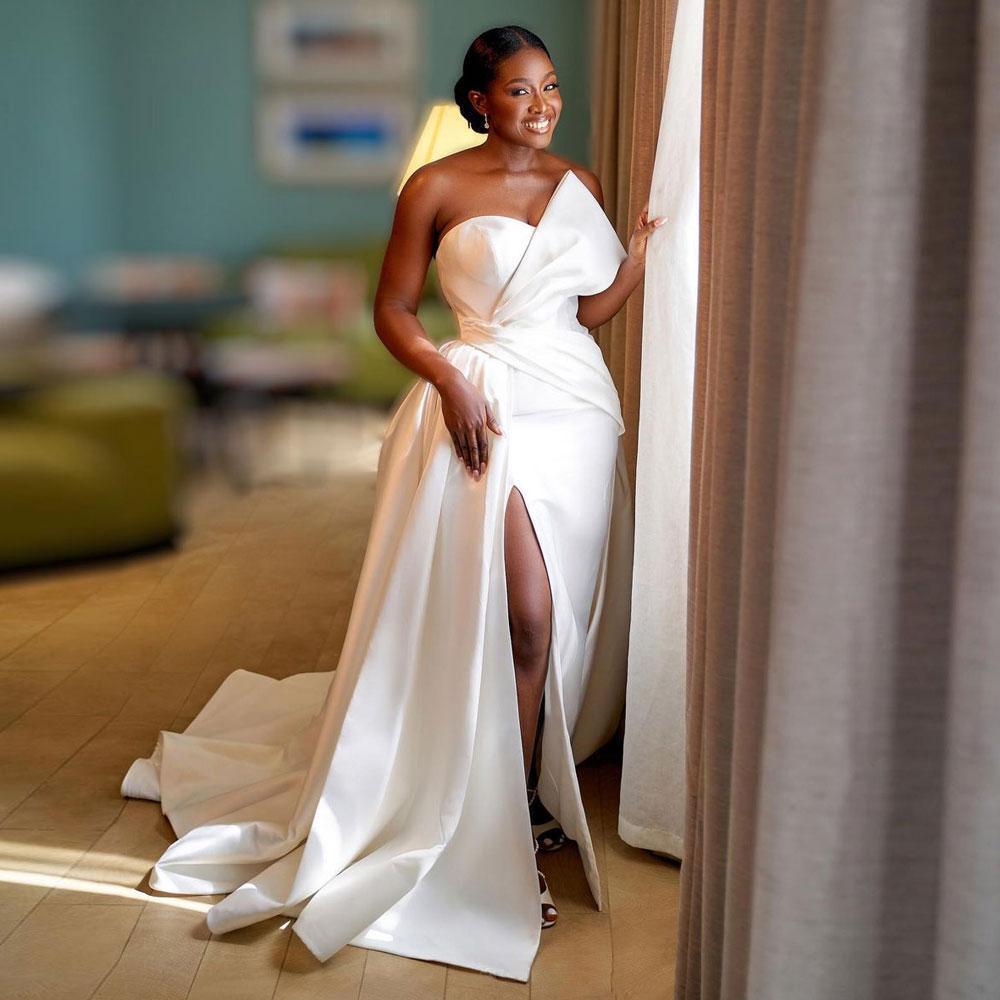 Plus Size Satin Mermaid Wedding Dresses Side Slit African Bridal Gowns Sweep Train Country Boho Robe De Mariée