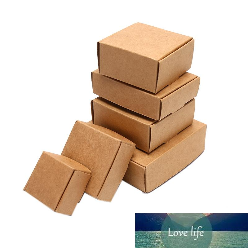10 teile / satz Handgefertigte Kraftpapier Würfel Box Hochzeit Gunst Candy Gift Party Supply Craft Boxes