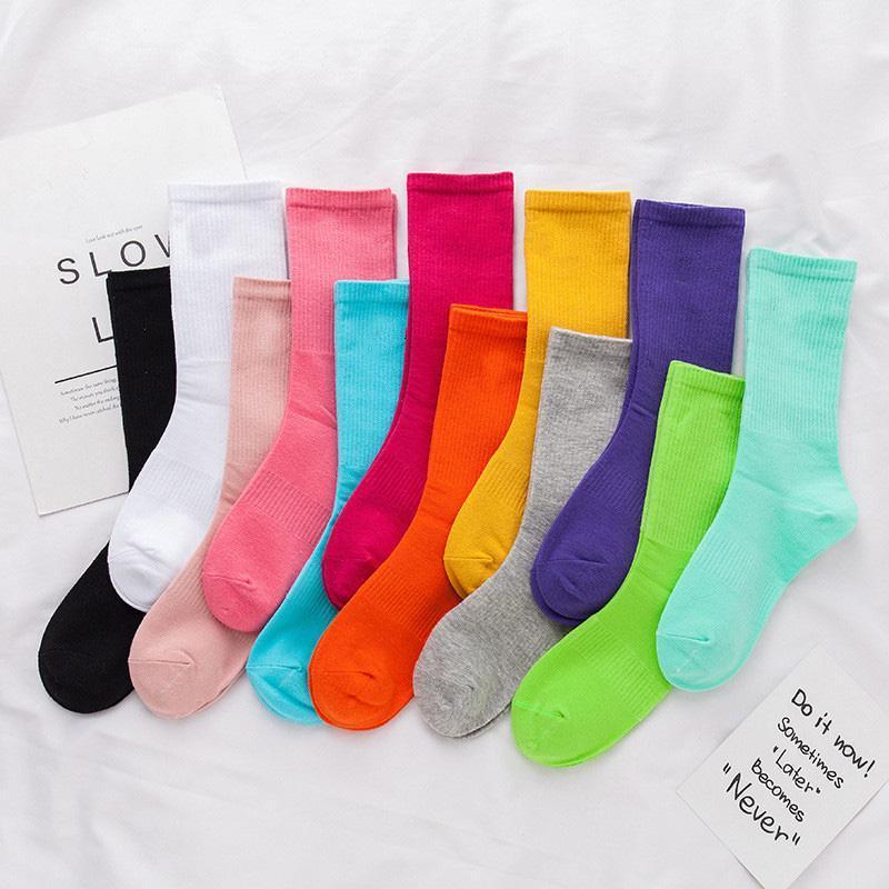 Inicio Textil Medias Mujeres Hombres 12 Colores Rodilla High Sock Calcetines De Moda Deportes Fútbol Poridadadores Largos Calcetines Algodón Invierno Aliento Cálido