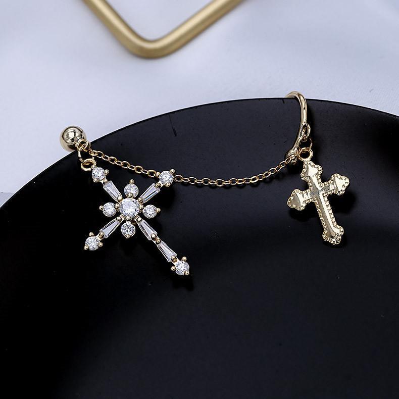 العلامة التجارية الأوروبية الفاخرة المتخصصة ذات الاستخدام المزدوج شخصية الصليب الأقراط والمجوهرات أزياء المرأة الراقية زركون 18K أقراط مطلية بالذهب