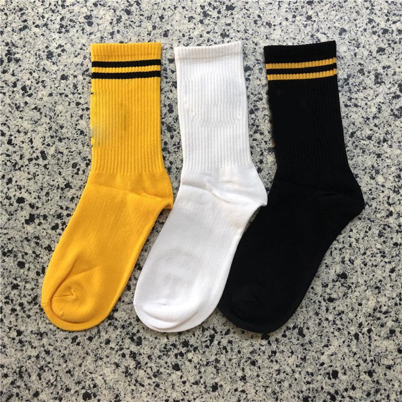 Chaussettes neuves chaussettes de coton chaussettes de sous-vêtements Unisexe hommes femmes noires jaune hip hop chaussettes