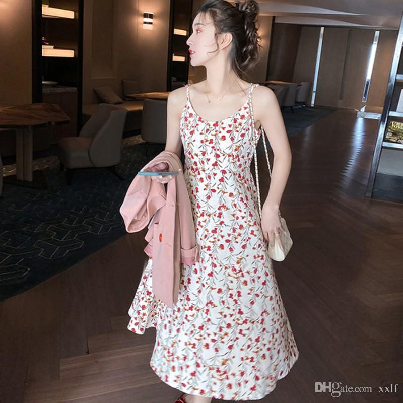 Böhmische Style Sling Kleider für Frauen 2020 Sommer Neue Strandurlaub Blumendruck Kleid Mode Sexy Slim O-Neck Kleid