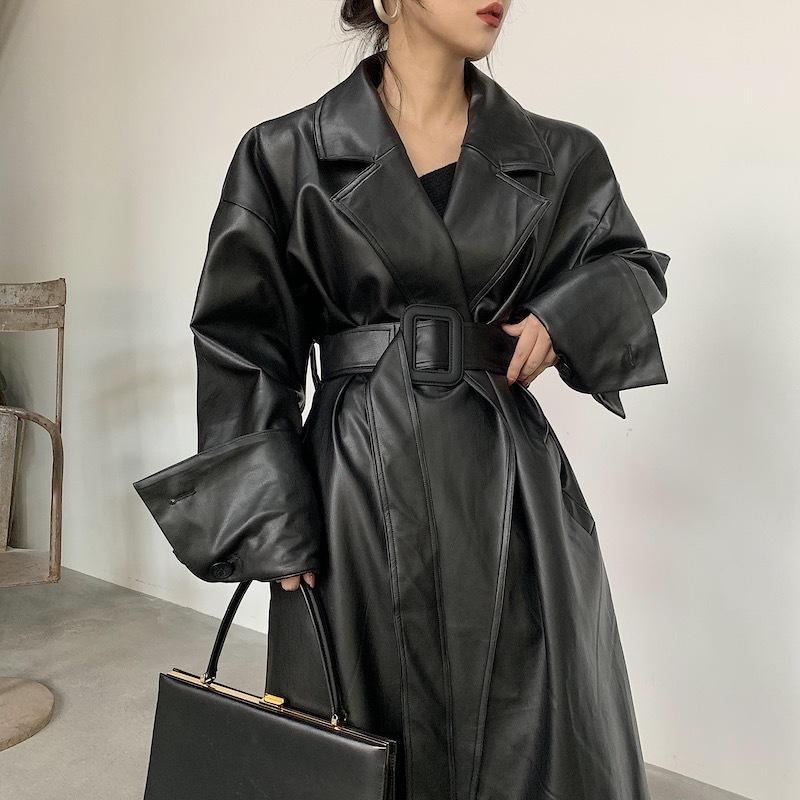 Lautaro Длинные негабаритные кожаные траншеи для женщин с длинным рукавом отворота Свободные Fit Fall Black Women Plus Plane Одежда для одежды Q1119