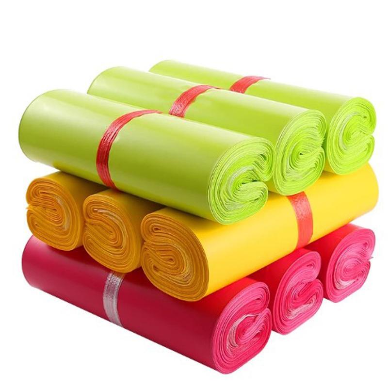 Bolsa de correo de auto-sello colorido de 20x30cm Bolsa de almacenamiento autodehesiva impermeable Embalaje de plástico Bolsas de envío envases Sobre de mensajería