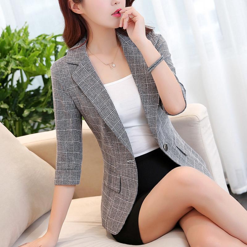 Chic plaid pequeña blazer para mujeres estilo coreano verano tres cuartos delgados blazer traje chaqueta de chaqueta para mujer de una sola capa de botón Y2391