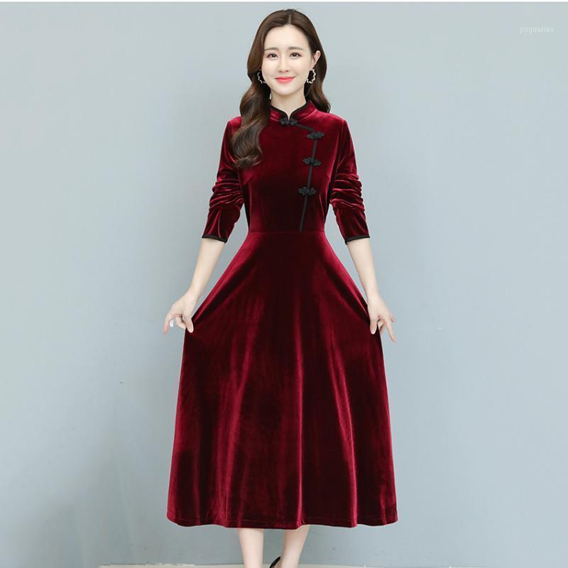 Abiti in velluto nero vintage in stile cinese Donne autunno Autunno Vestito invernale Midi-vitello Casual Plus Size Abiti Abiti eleganti 3xl1