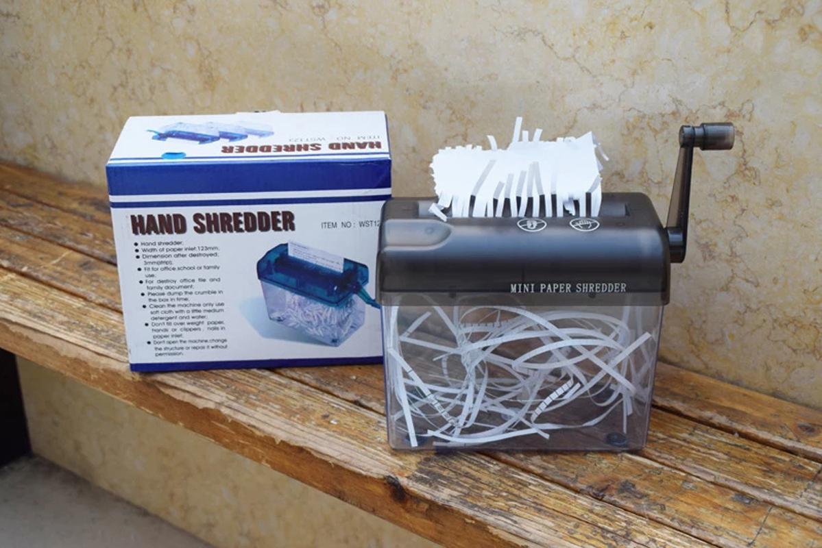 Brand new mini desktop manual de papel triturador mão corte para papel
