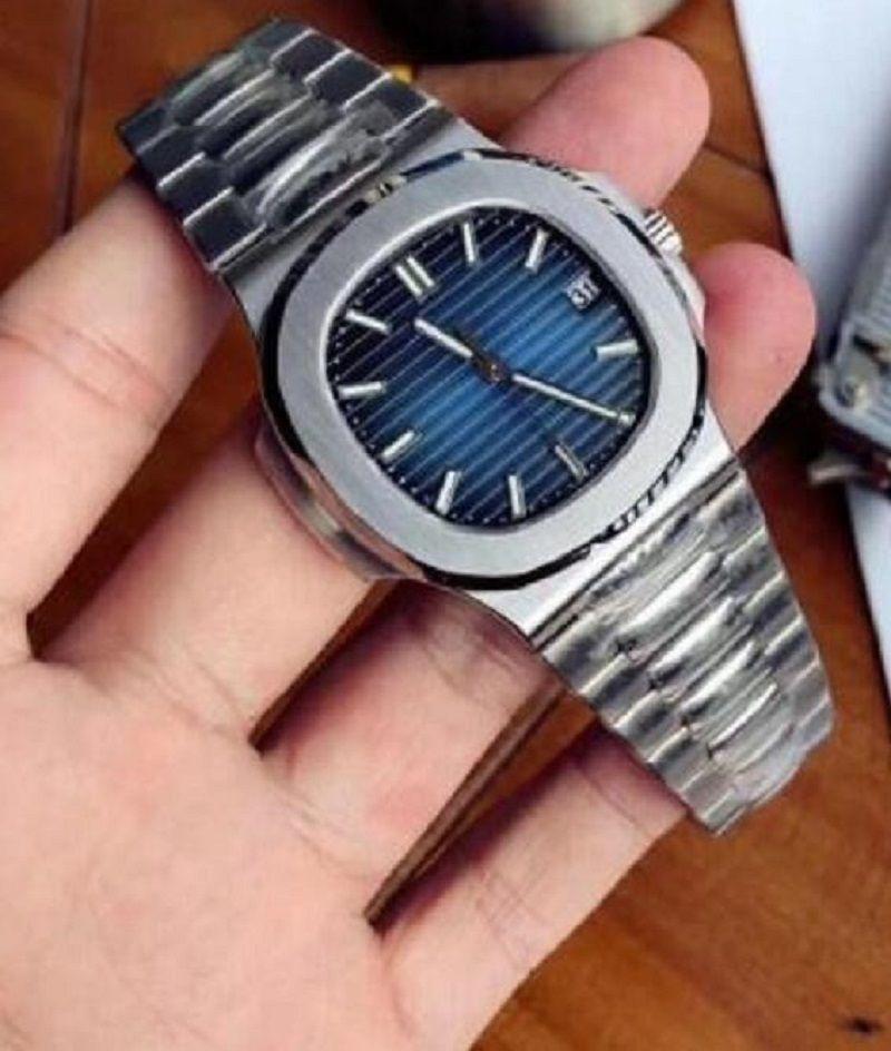 Мужские часы Часы Высококачественные Автоматические машины Спортивный календарь 2813 Обращающаяся в движении Watchess Нержавеющая сталь Светостойкий водонепроницаемый 30M Наручные часы