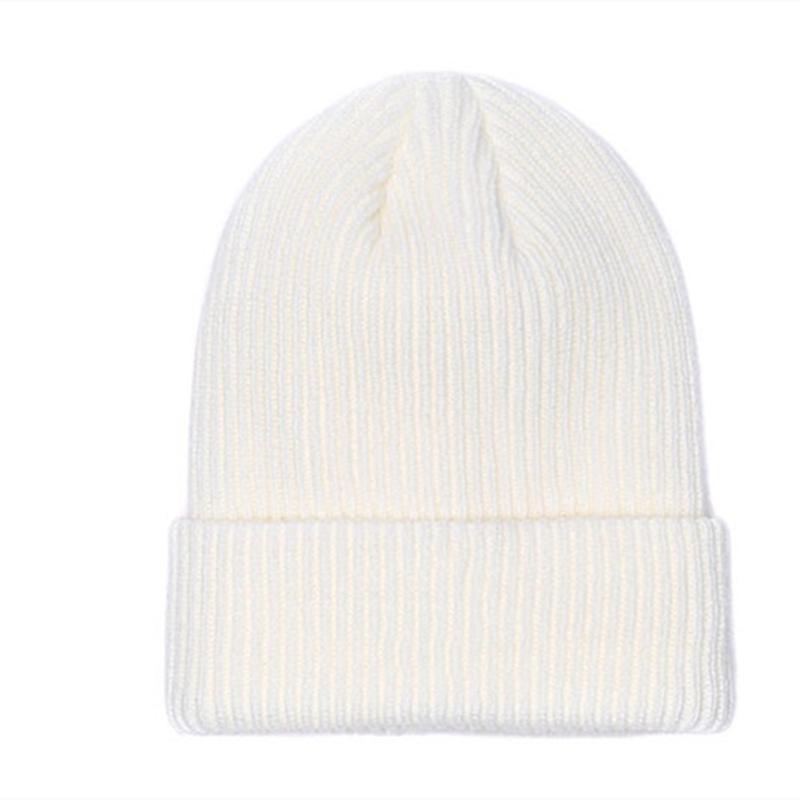 Nuevo Francia Fashion Beorías sombreros Bonnet Winter Beanie Hecho de lana de punto Más gorra de terciopelo Skullies Máscara más gruesa Marco de franja Hombre