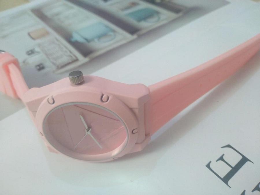 Rojo amarillo blanco rosa mujer diseñador de lujo reloj de pulsera oro deportes estilo deportivo silicona militar grande reloj masculino