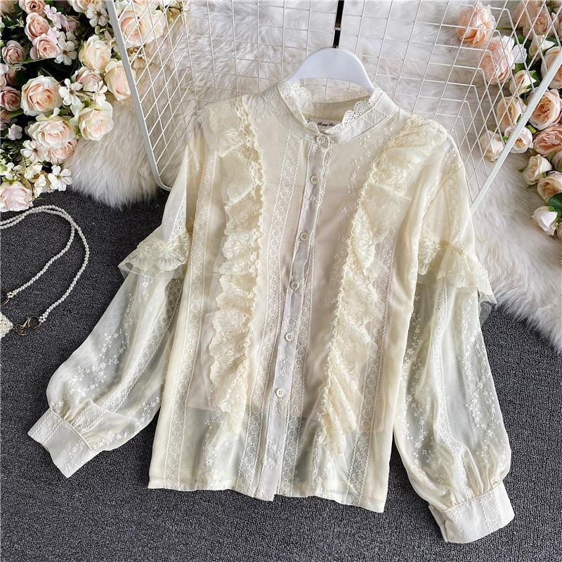 Blusas de las mujeres camisas otoño dulce beige / blanco Blusa de encaje femenino elegante cuello redondo solo pecho ruffle mujeres casual manga larga tops