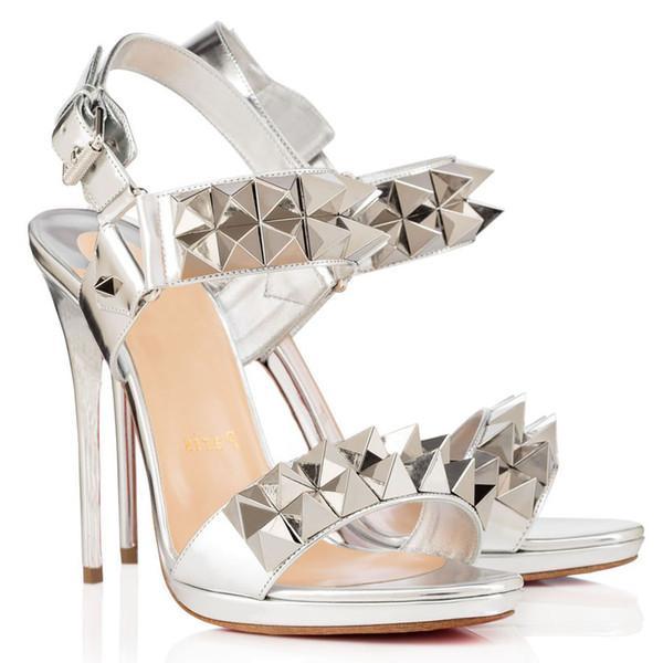 21S летние сандалии для женщин Высокие каблуки, красные подошвы Дизайн Женщина каблуки пряжка Sandal Nuede ПВХ кожа с шипами Spike Spikoo Specchio Transp