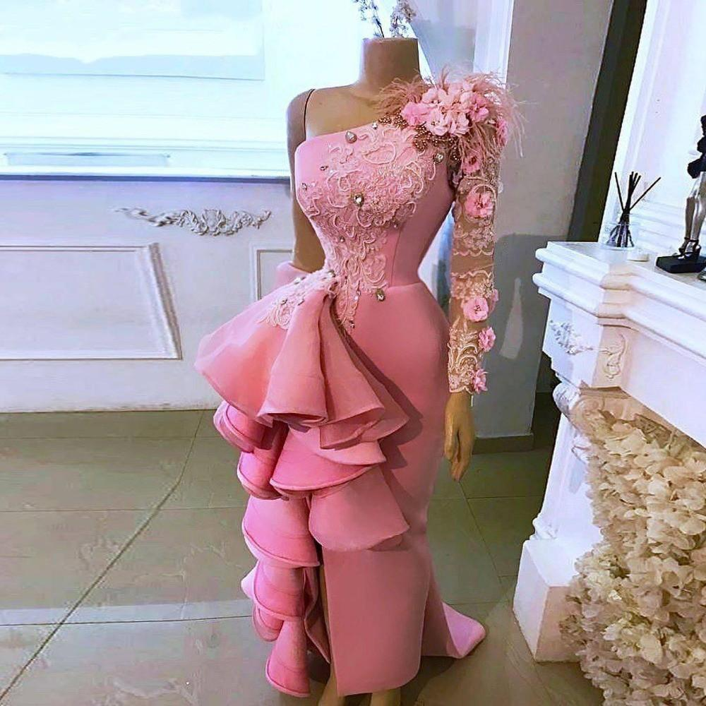 Pink One Shoulder Prom Dresses With Appliques Beads Feathers Lace Long Sleeves Mermaid Evening Dress Side Split African Women Party Vestidos