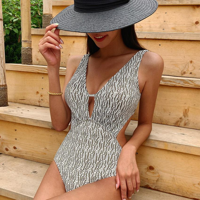 2021 New Sexy Bikini Cover Belly Show Thin Hot Spring Conservative One Piece Women's South Korea Ins Swimsuit 0AKC