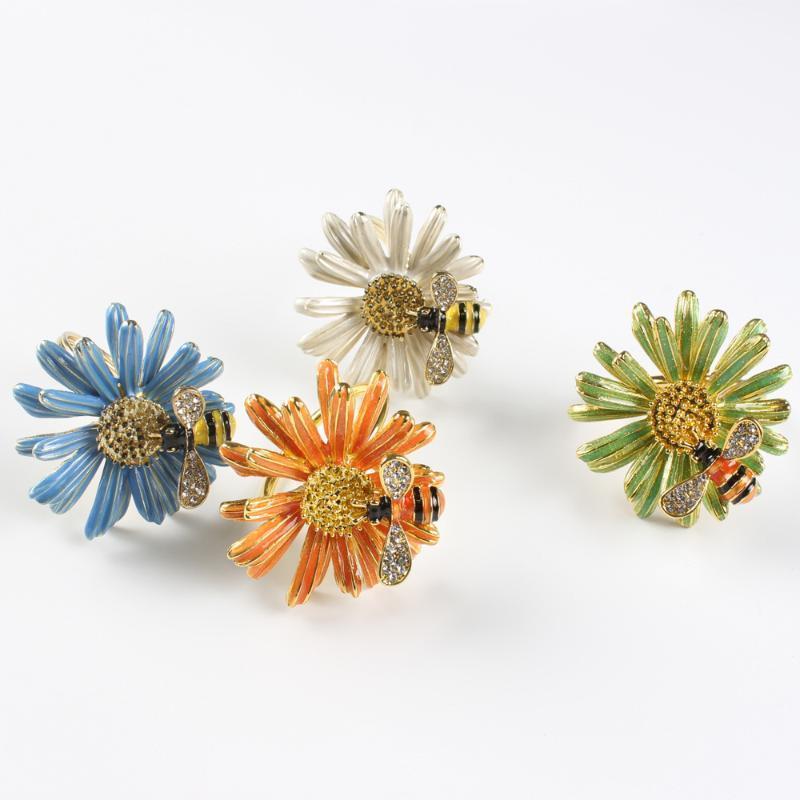 7 Stil Hochzeitsfeier einfache Pflaume 5 Blütenblätter Daisy Serviette Glücklicher Blume Napin Ring wiederverwendbar 2021 NEU1