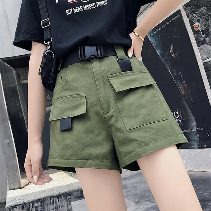 Femmes Summer Cargo Shorts avec ceinture Dames Streetwear Streetwear Solid High Taille Lâche Shorts Lâche Joggers Femelle Plus Pocket Fond Q0104