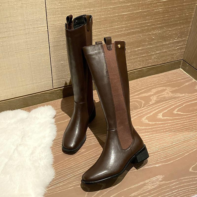 Venta caliente-Zapatos Botas de punta redonda Mujeres Nuevo 2020 Falleza de invierno Botines de cuero Tacones bajos Botines de caucho otoño damas tacón alto
