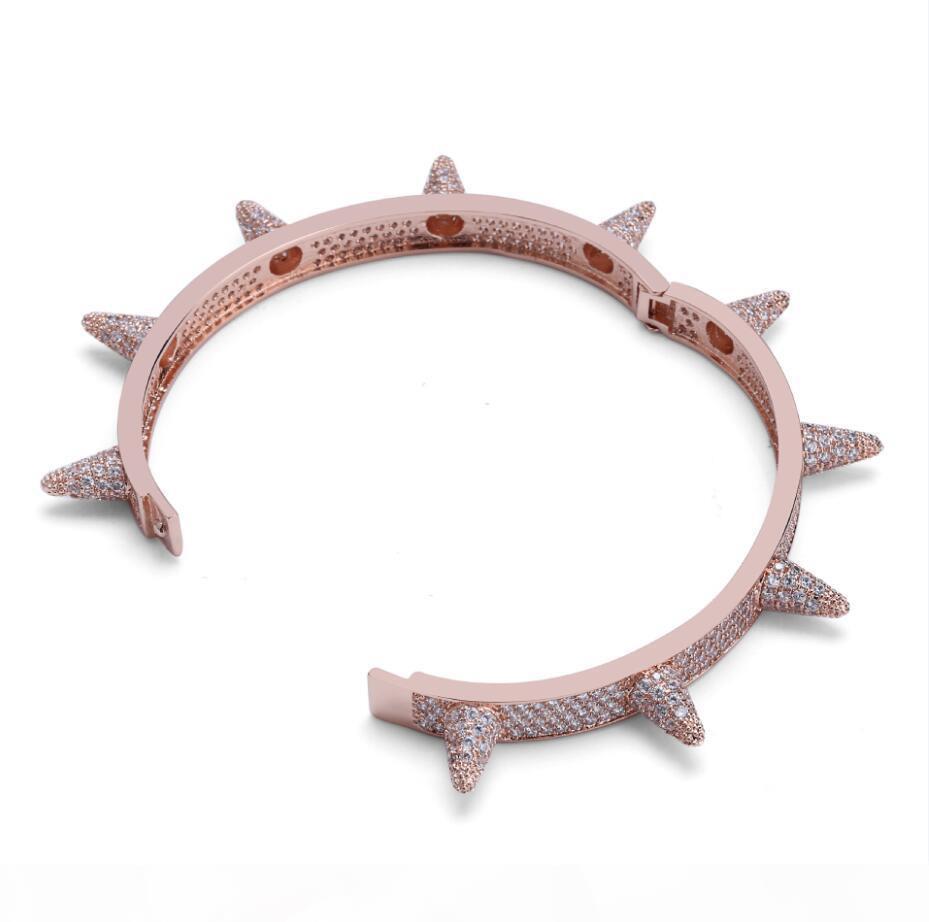 Luxus Euro ausgegangen Bling Cubic Zirkon Hip Hop Rose Gold Silber Niet Armbänder Spike Bangles Geschenke Für Männer Frauen
