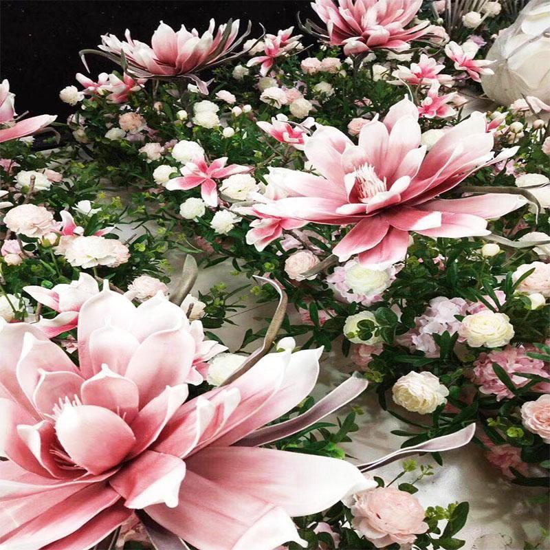 Artificielle grande mousse faux fleur simulation géante magnolia fleur tête de mariage arrière-plan de fond de fenêtre