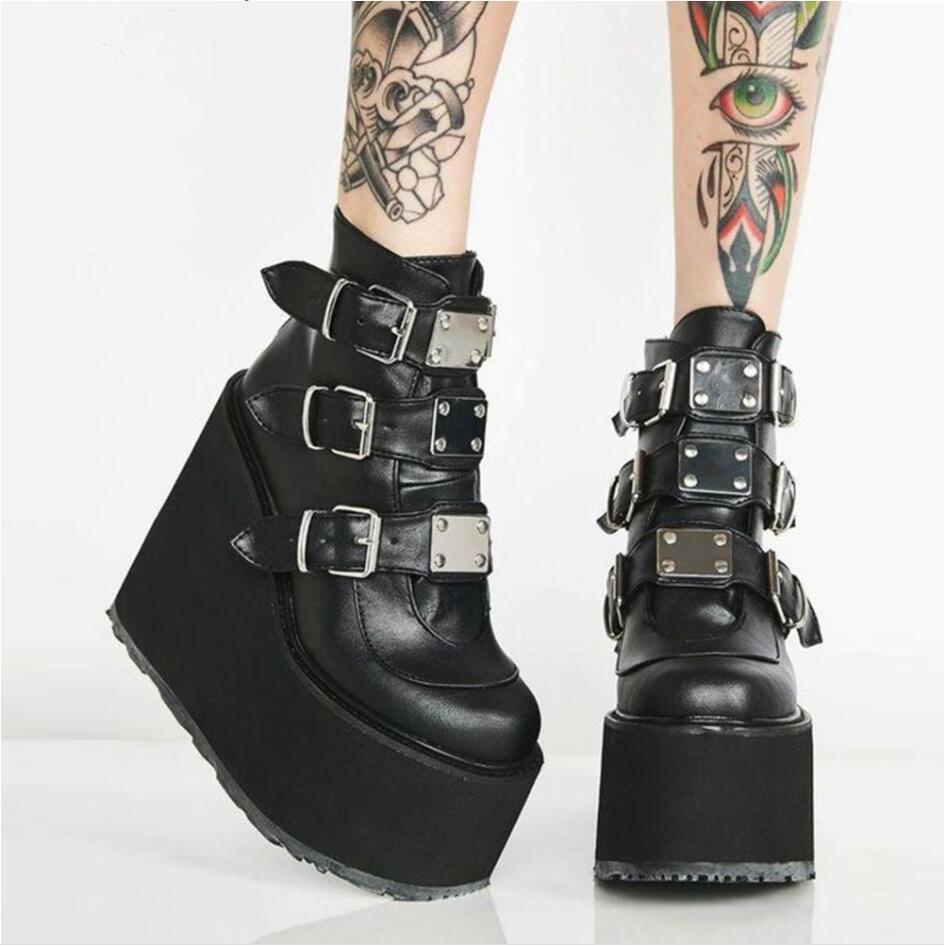 2021 Kadınlar Için Metal Toka Ankel Çizmeler Siyah Beyaz Punk Kadın Platformu Çizmeler Takozlar Yüksek Topuklu Botas Çizmeler Ayakkabı Artı Boyutu 43