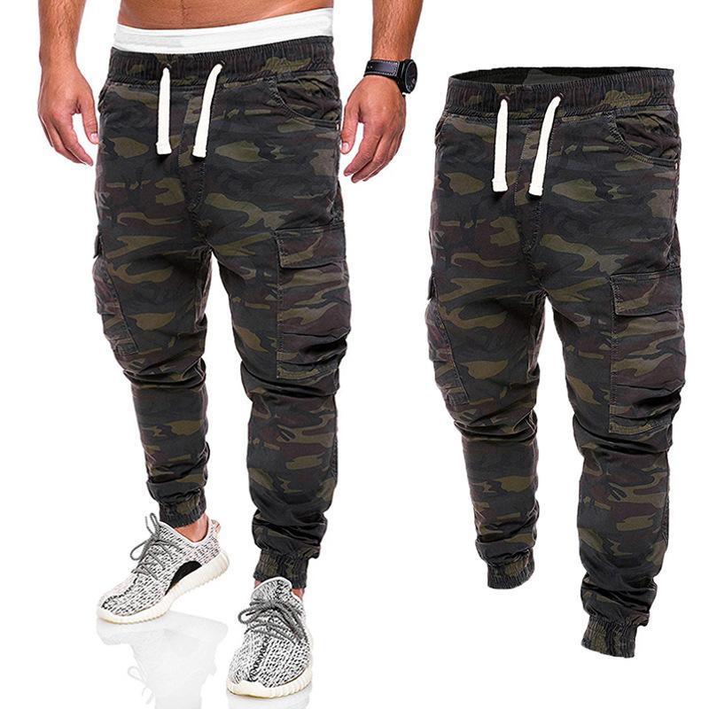 2020 Os homens europeus e americanos camuflagem camuflagem ferramentas calças de altura jovem calças de pé macho feixe