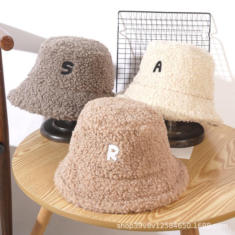 Chapeaux Femmes Heanie Merch Hiver Chapeaux pour Femmes Bonnets Casquettes Mode 2020 La laine d'agneau garde Chaud Capuchon Casual Casual Girl