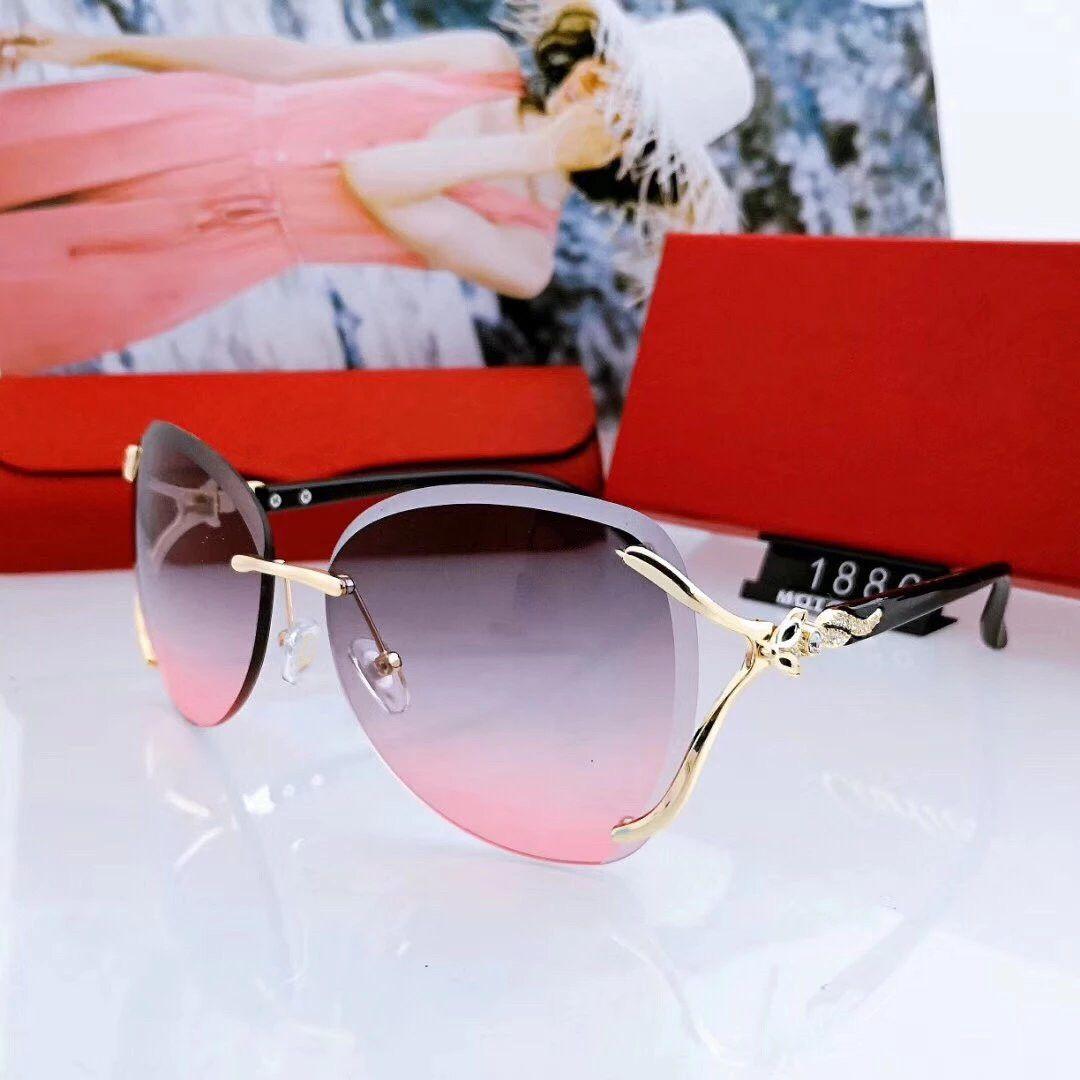 Summer Womens Sunglasses Spiaggia Spiaggia Occhiali da sole Adumbral Goggle Occhiali da sole UV400 Stile 1886 3 Colori Altissima qualità con scatola