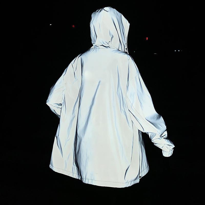 Nuit Veste réfléchissante Hommes 2021Spring Loeur à capuche Vêtements de dessus Vêtements De Vêtements De Mode Casual Coffret Casual Passerelle Plus Taille Streetwear Vêtements Homme