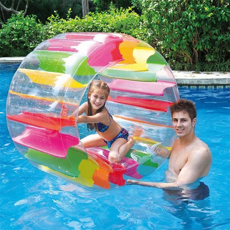 Красочные надувные водяные колесо ролика поплавок 36 дюйма гигантский рулон шар для мальчиков девушки, плавательные бассеины игрушки трава ползливая игрушка ролика