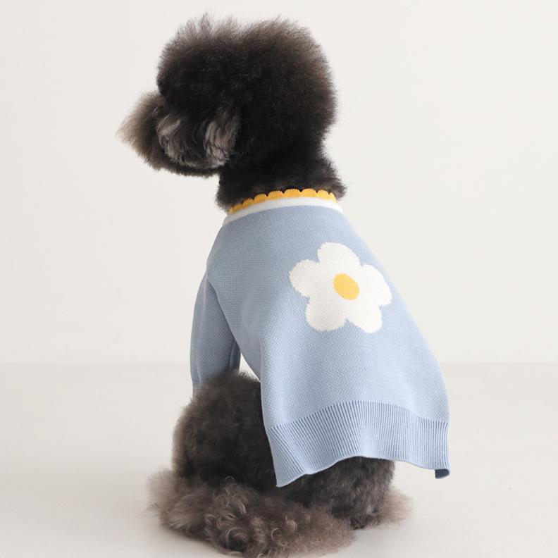 Korean flower autumn and winter warm early spring core spun yarn Pullover lovely bixiongbugo pet clothing sweater dog clothes LY173
