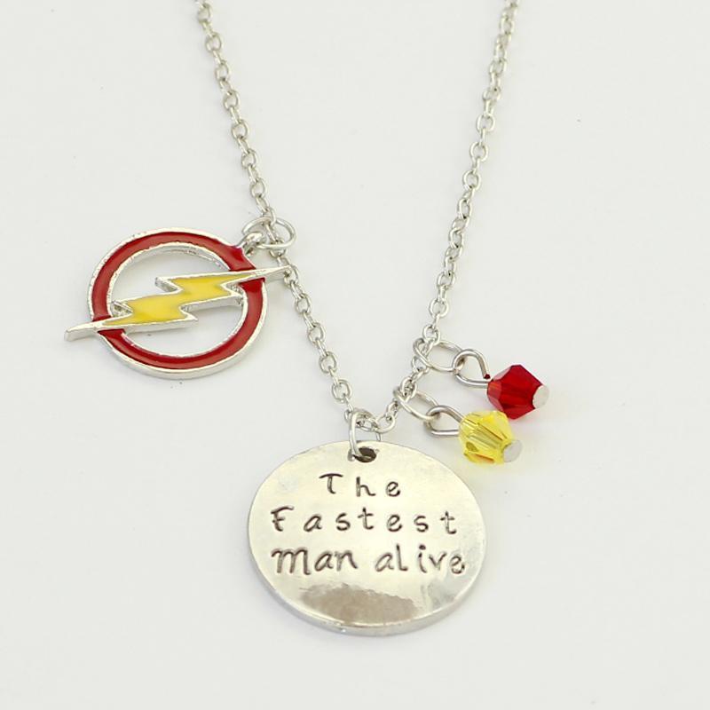 Ожерелья кулон Flash Red Yellow Crystal Crystal Bear Подвески Логотип Самый быстрый Человек Живой Очарование Детских фанатов Подарок 1 шт.