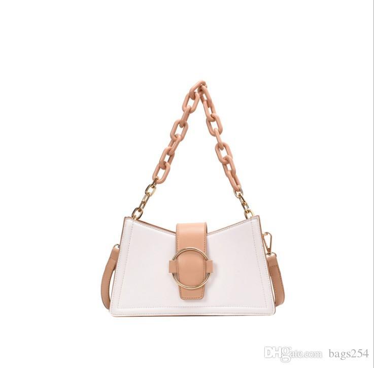 Cadena de diseño PU Bolso de cuero Bolsos de Crossbody para mujer Hombro de moda Bolso simple Lady Travel Bolsos