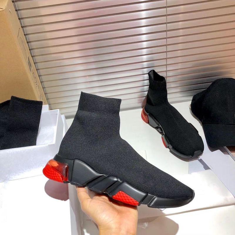 Hommes Sneakers Sneakers Femmes Chaussettes Technique 3D Tricot Traqueurs Simples de chaussettes Designer Chaussures Fashion Blanc Black Graffiti Sole Chaussures de sport US4-11.5
