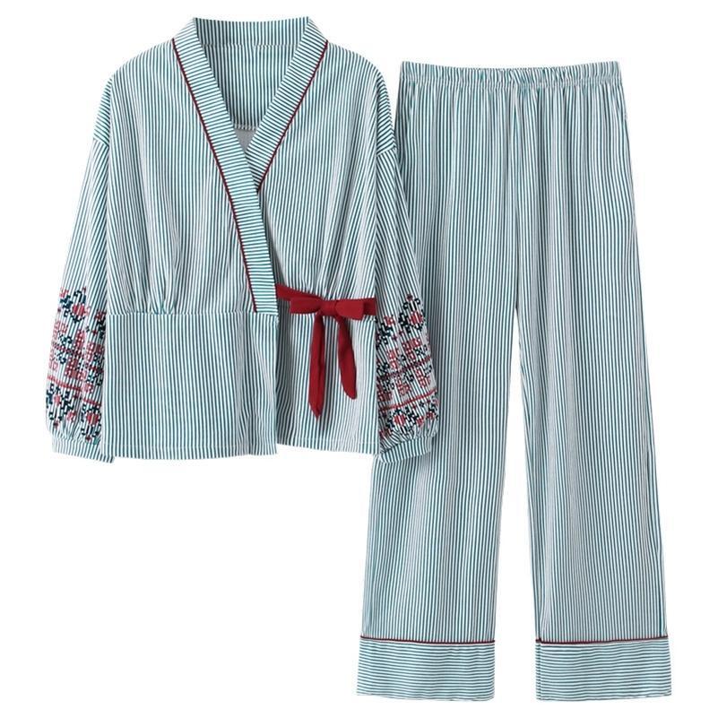 Yeni Sonbahar Pijama Kadınlar Kız Pijama Setleri Güzel Çizgili Baskı Kadınlar Için Japon Kimonos Artı Boyutu 3XL 100% Pamuk Yukata 201031