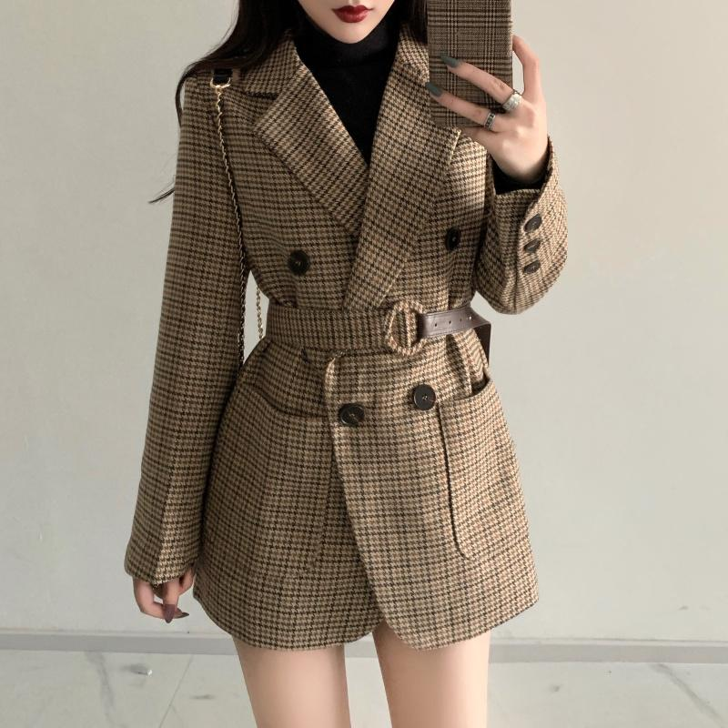 Office Ladies Double Breasted Pocket Plaid Blazer and Jacket Work Suit Long Sleeve Notched Female Blazer Coat With Belt LJ201021