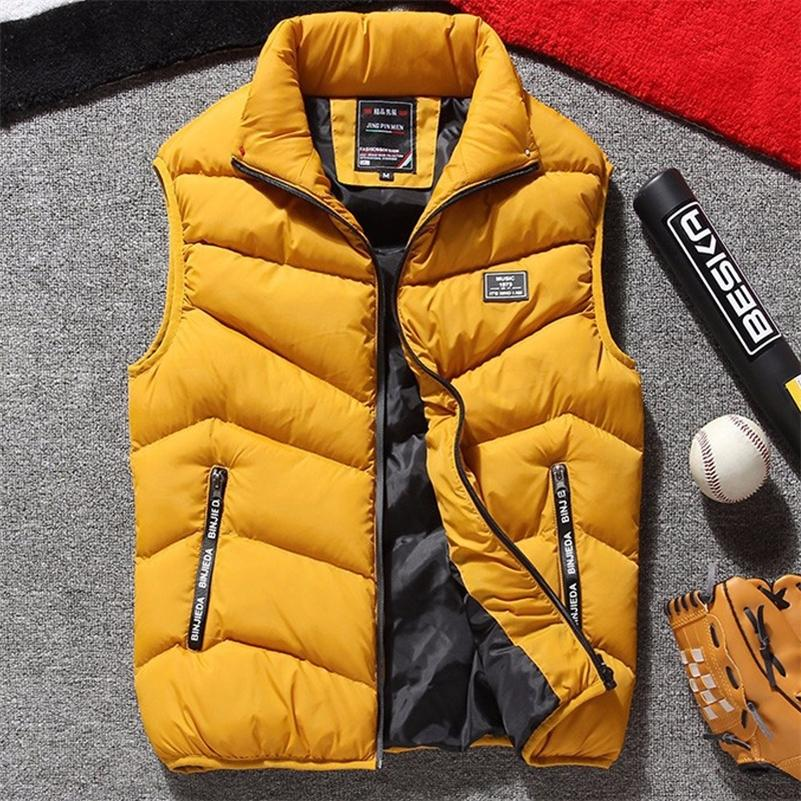 Плюс размер жилет мужчина бренд мужская куртка без рукавов жилет куртки мужчины повседневные пальто мужской жилет мужчина хлопок утолщение жилья LJ200916