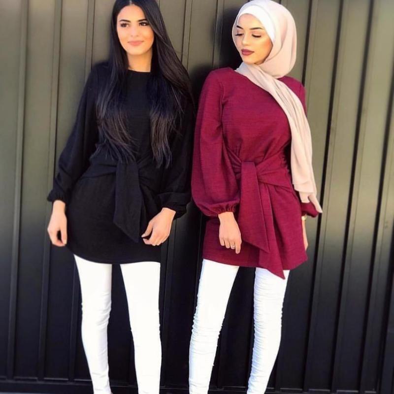 Gefälschte Zweistücke Vorder- und Rückseite tragen muslimische bescheidene top hemd weibliche tolle qualität mode islamisches glattes hemd mit gürtel f1704