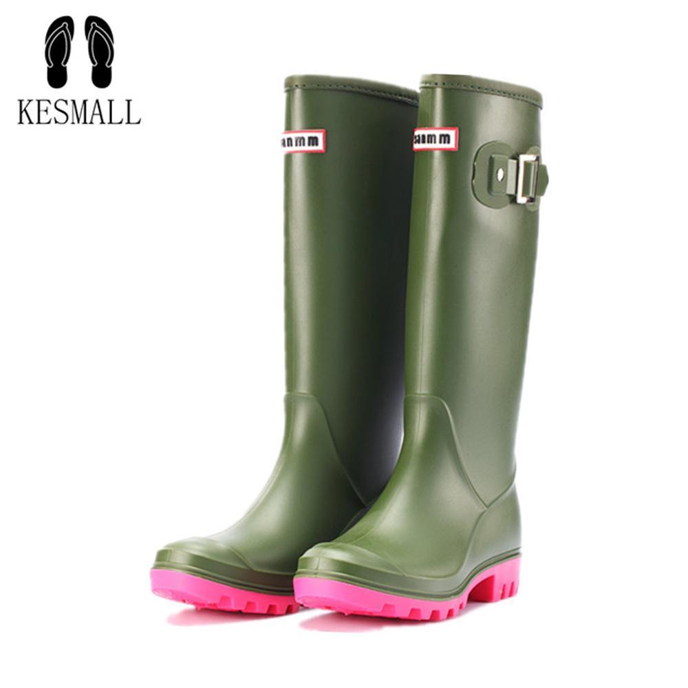 Lizeruee 2019 Женщины Rainboots Водонепроницаемый ПВХ Работа Работа высокий дождь Дождевые ботинки Плоский противоскользящий резиновый дождливый день обувь женщина WS583 Q1216