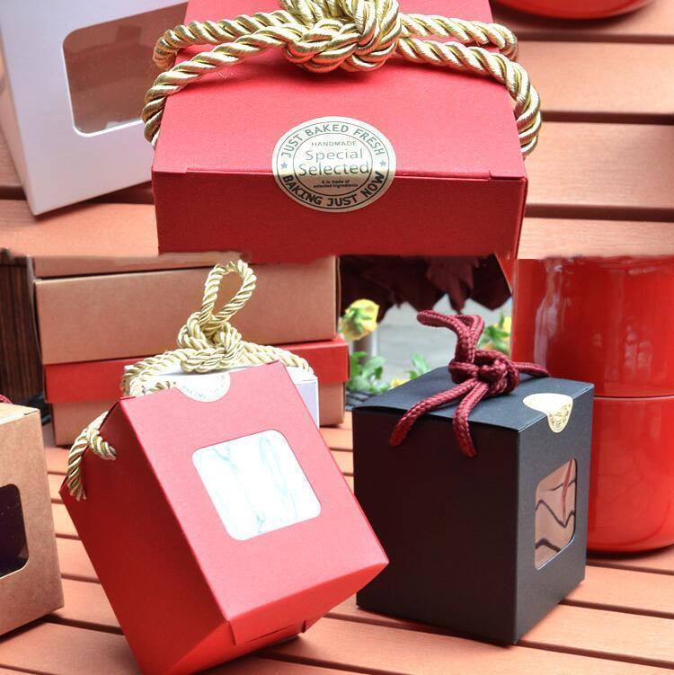 Boîtes à gâteaux TRANSPARENT Fenêtre Kraft Paper Boîte Passable Cupcake Package Valentines Jour Noël Cadeau Cadeau Boîtes OWC4663
