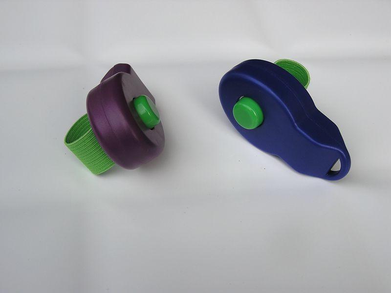 Factory Price Train Pet Finger Clicker Tool Cliquez sur le périphérique sonore de l'anneau de chien de chiot