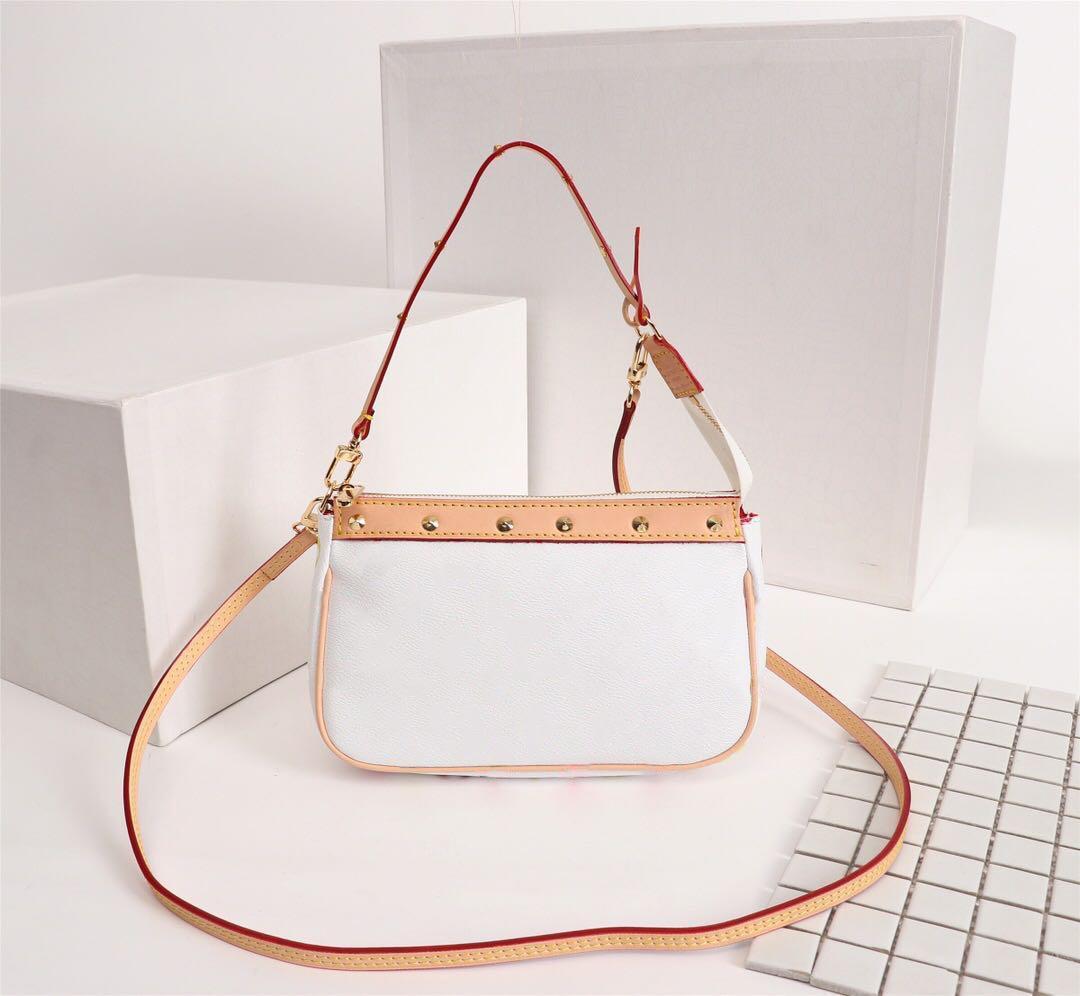 2020 Sacs de concepteurs de la plus haute qualité chaud Sacs à main Vintage sac à bandoulière Messenger Shopping Sac Pockets Cosmétiques Sacs Crossbodys Sacs Sacs Porte-monnaie