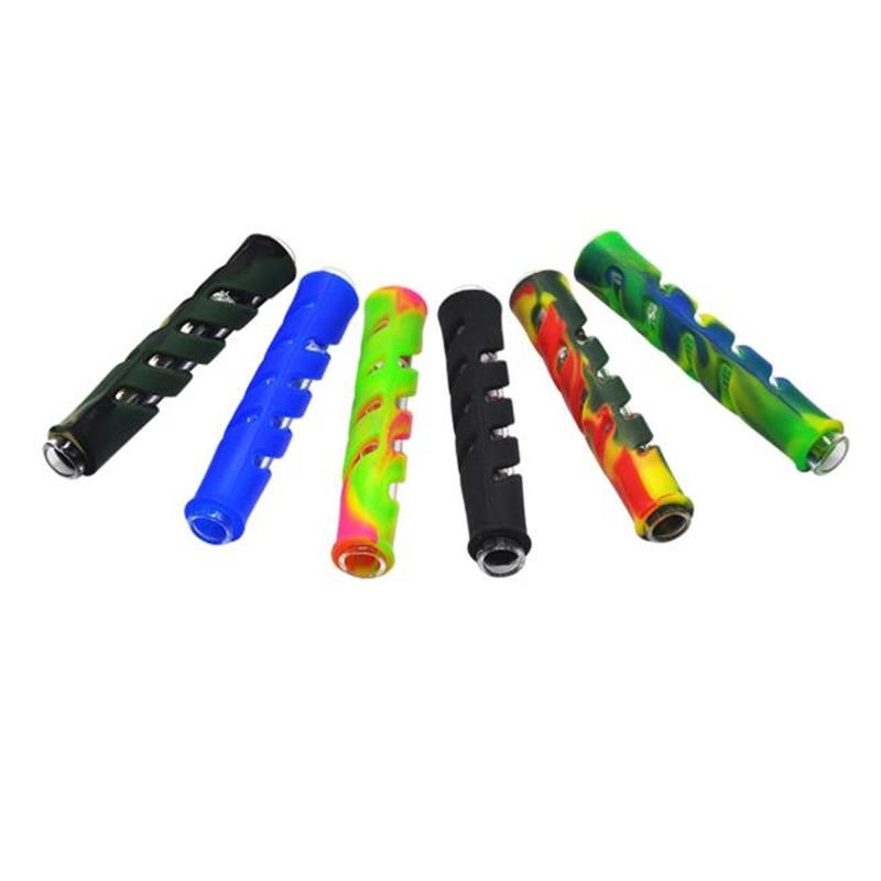 Nuevo estilo de goma de goma Rostro Tubería de camuflaje Vidrio hueco con soporte de cigarrillo